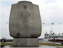Monumento a Joseph Conrad a Gdynia, sulla costa del mar Baltico in Polonia